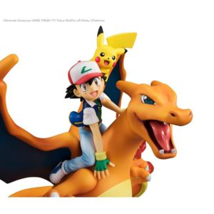modellini_charizard_ash_pikachu_gem_img06_pokemontimes-it