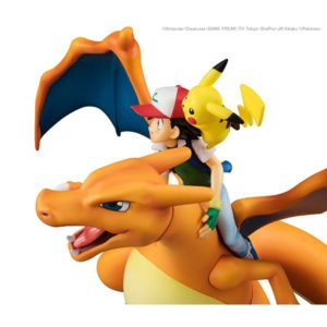 modellini_charizard_ash_pikachu_gem_img07_pokemontimes-it