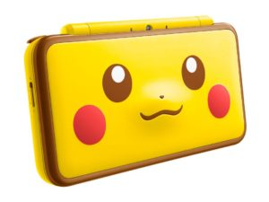 new_nintendo_2ds_xl_edizione_speciale_pikachu_laterale_pokemontimes-it