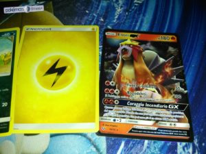 unboxing_bustina_01_rare_leggende_iridescenti_gcc_pokemontimes-it