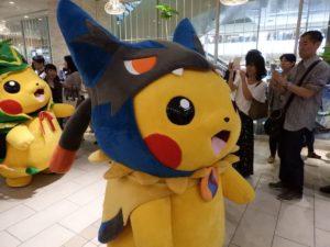 poncho_pikachu_costume_party_evento_img07_pokemontimes-it