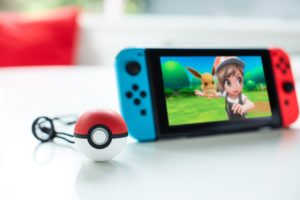 lets_go_pikachu_eevee_poke_ball_plus_switch_pokemontimes-it