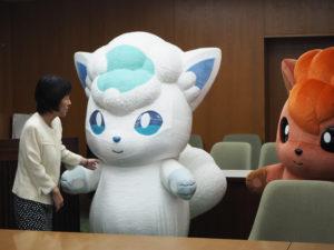 mascotte_vulpix_alola_hokkaido_img02_eventi_pokemontimes-it